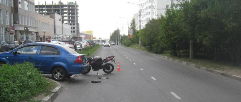 В Белгороде девушка на иномарке сбила мотоциклиста, фото-1, Фото: пресс-служба управления МВД по Белгородской области