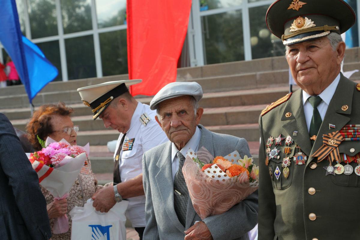 Город Первого салюта. В Белгороде прошли торжественные мероприятия ко Дню города, фото-2