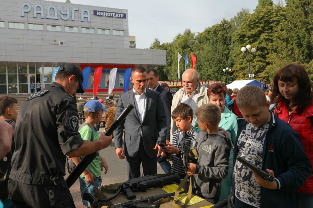 Город Первого салюта. В Белгороде прошли торжественные мероприятия ко Дню города, фото-9