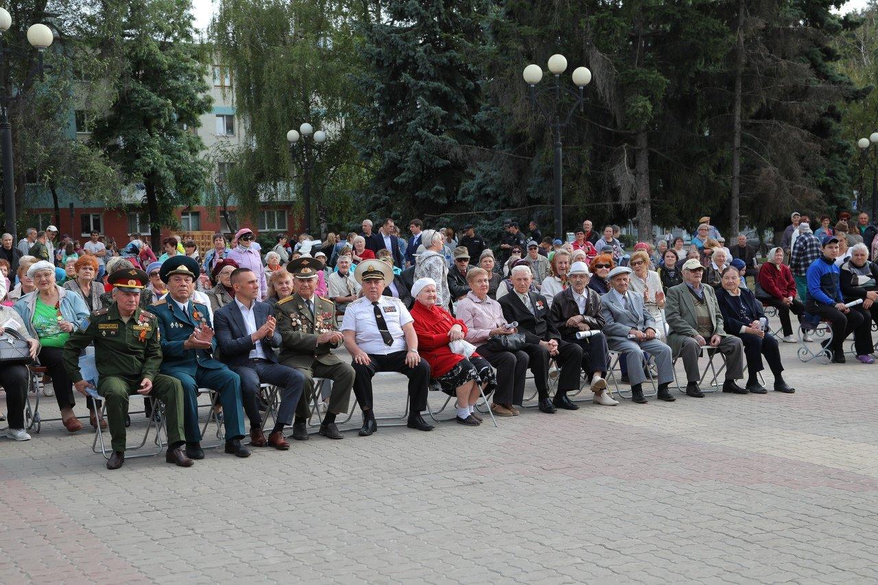 Город Первого салюта. В Белгороде прошли торжественные мероприятия ко Дню города, фото-10