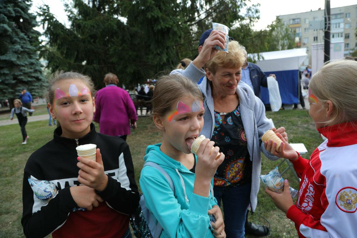 Город Первого салюта. В Белгороде прошли торжественные мероприятия ко Дню города, фото-16