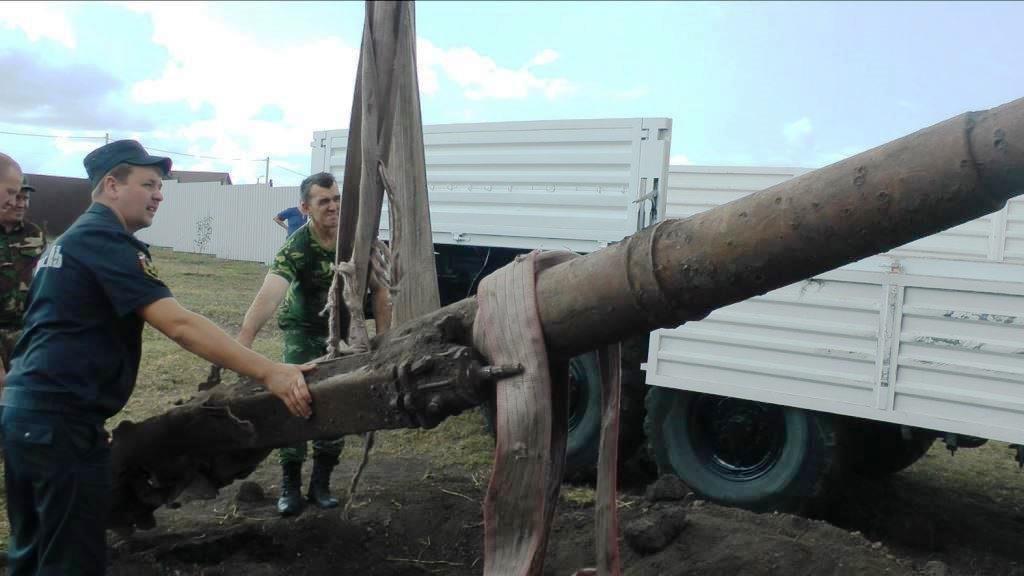 Белгородец обнаружил во дворе собственного дома зенитную пушку, фото-1