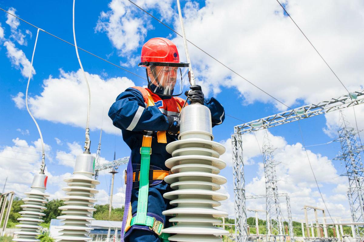 К предстоящему отопительному сезону белгородские энергетики отремонтировали  более 1000 км ЛЭП, фото-4