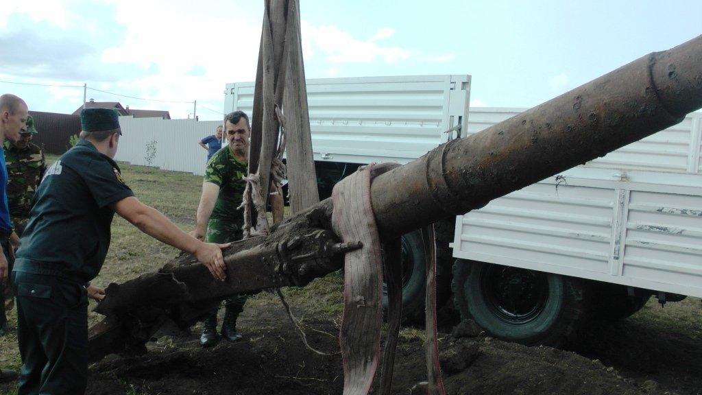 Белгородец обнаружил во дворе собственного дома зенитную пушку, фото-5
