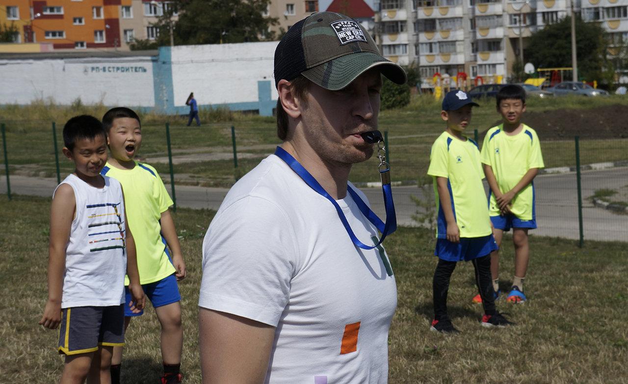 В Белгородской области китайские хоккеисты сразились с российскими, фото-4, Предматчевая тренировка китайских спортсменов