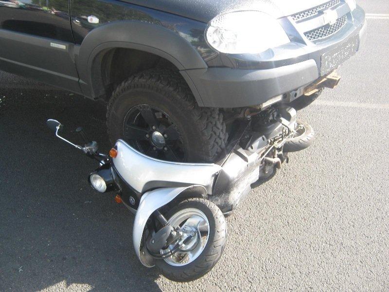 В Белгороде иномарка на тротуаре сбила двухлетнюю девочку, фото-1