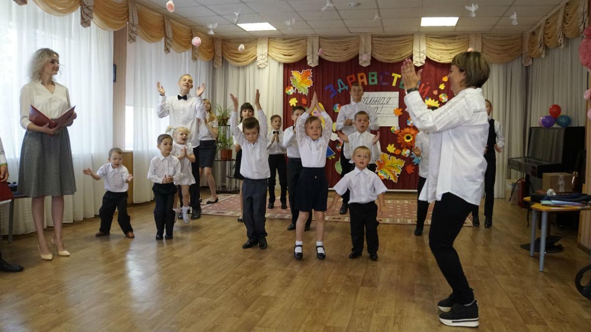 Сергей Фуглаев поздравил с Днём знаний детей из реабилитационного центра, фото-7
