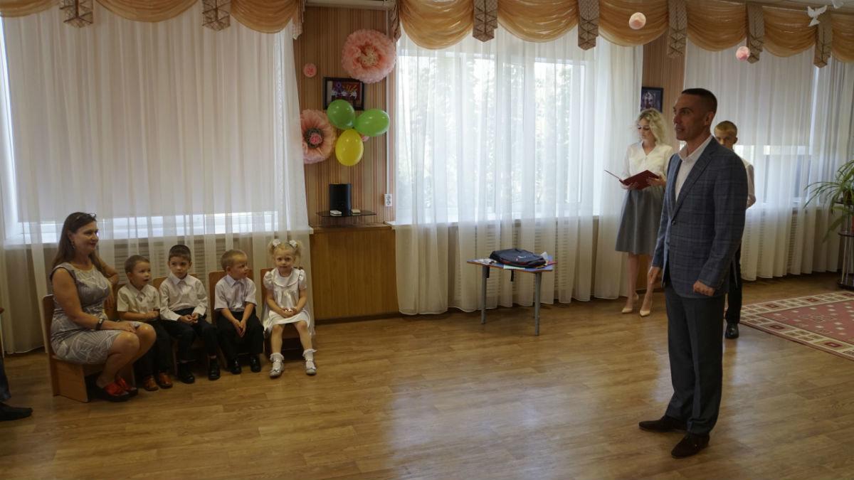 Сергей Фуглаев поздравил с Днём знаний детей из реабилитационного центра, фото-11