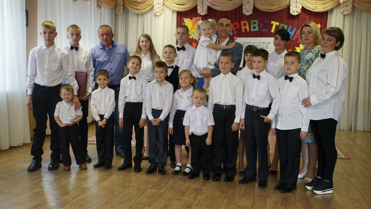 Сергей Фуглаев поздравил с Днём знаний детей из реабилитационного центра, фото-12