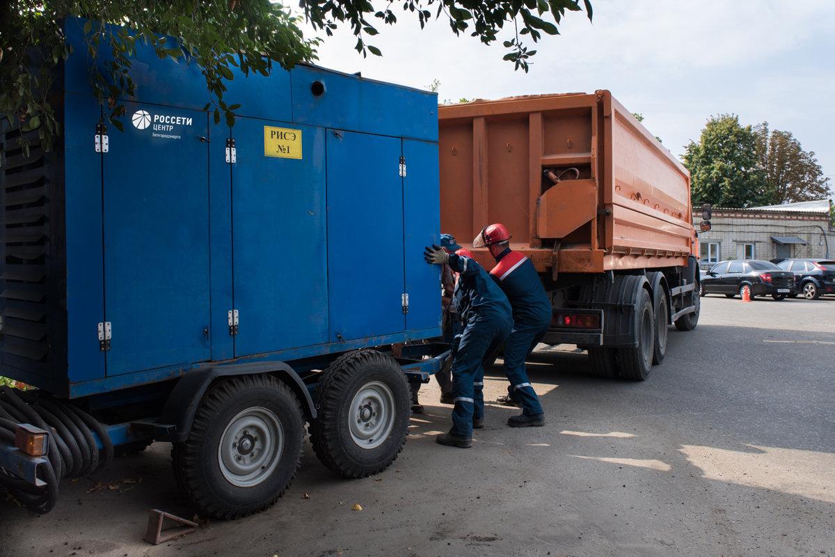 Белгородские энергетики восстановили электроснабжения после условной аварии, фото-3