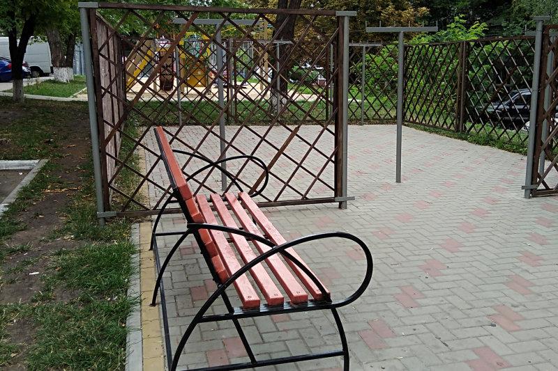 В Белгороде исправили недочёты в самом дорогом дворе, фото-2