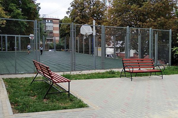 В Белгороде исправили недочёты в самом дорогом дворе, фото-3
