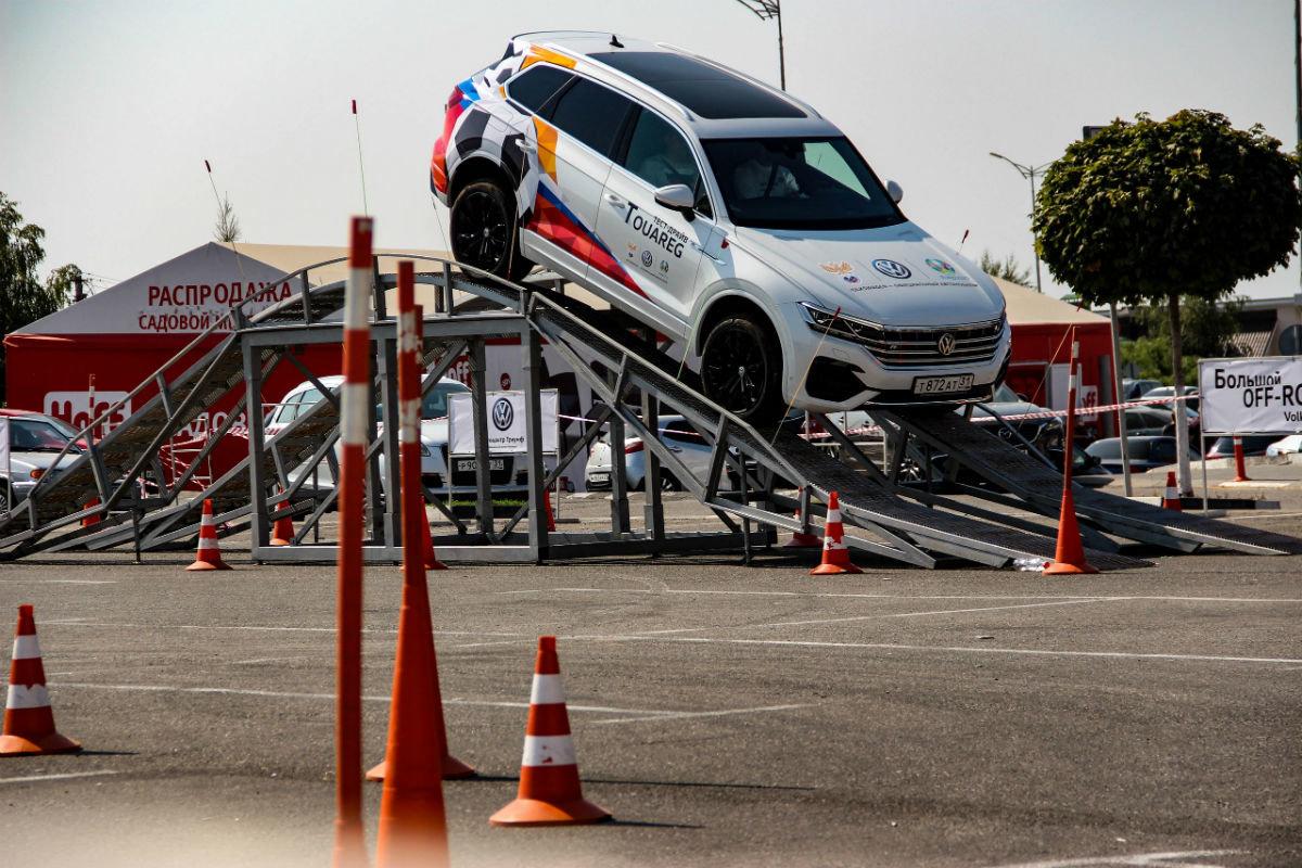 Белгородцы ощутили преимущества внедорожников Volkswagen, не выезжая из города, фото-4