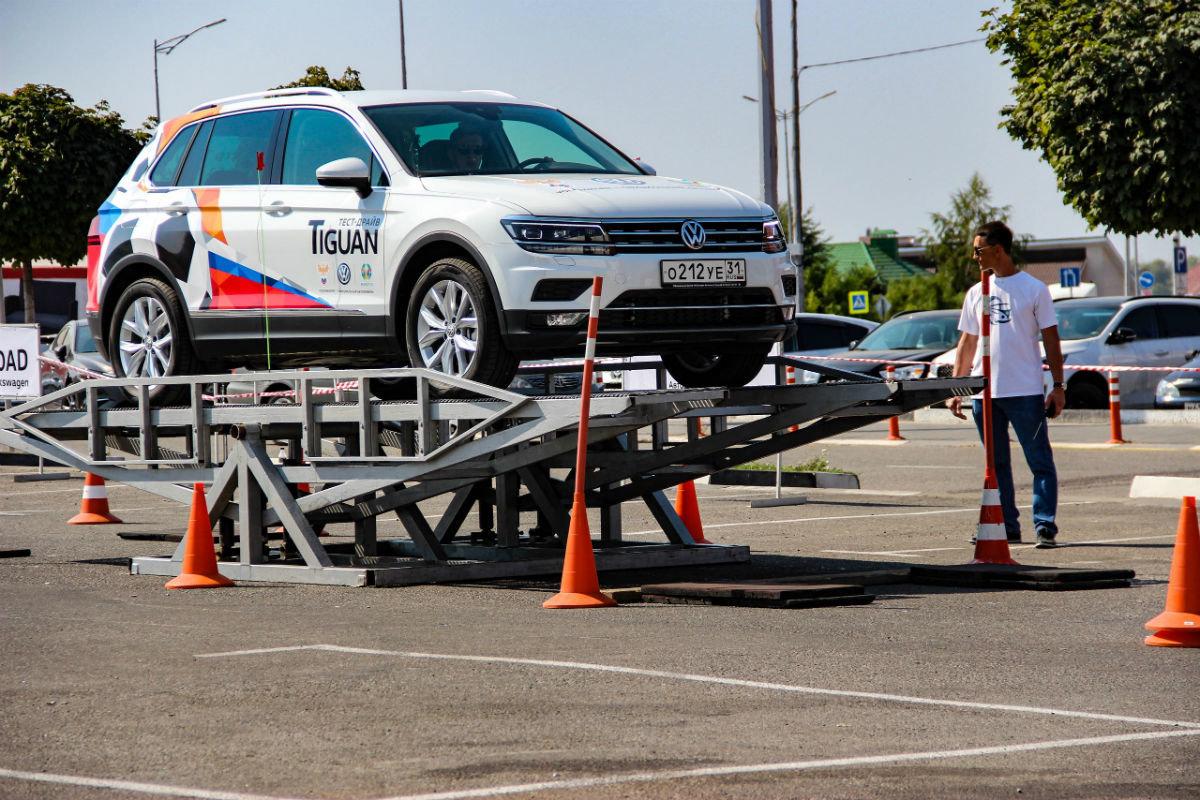 Белгородцы ощутили преимущества внедорожников Volkswagen, не выезжая из города, фото-3
