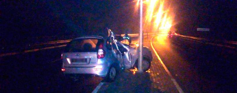 В Белгородском районе водитель «Лады» влетел в опору ЛЭП, фото-1