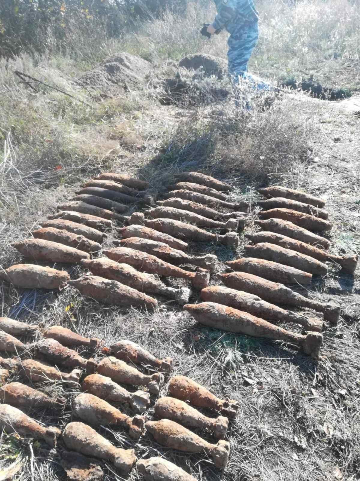 В Валуйках около железной дороги нашли 47 миномётных мин, фото-2
