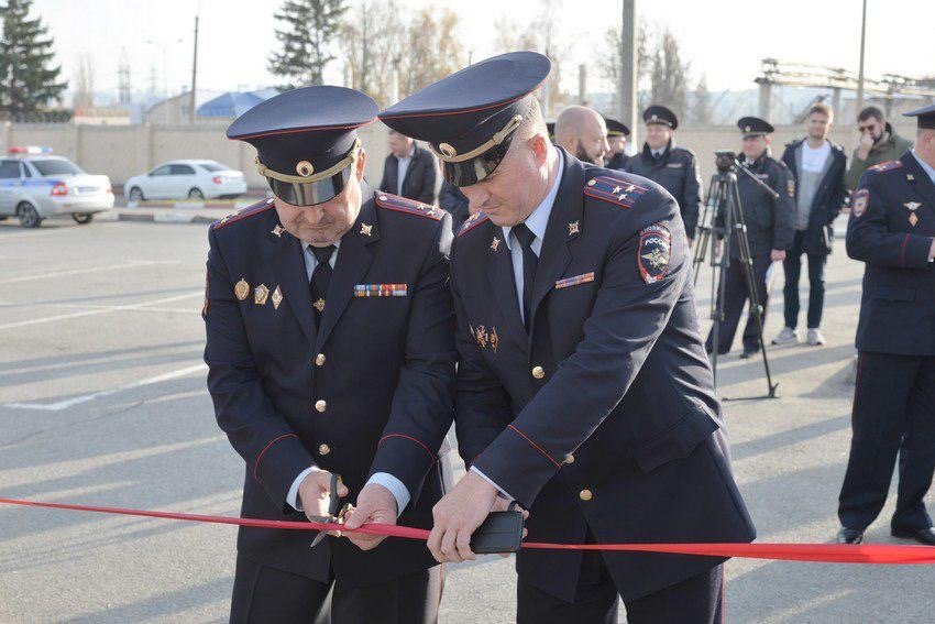 На Болховце открыли первый мобильный пункт полиции в Белгороде, фото-1