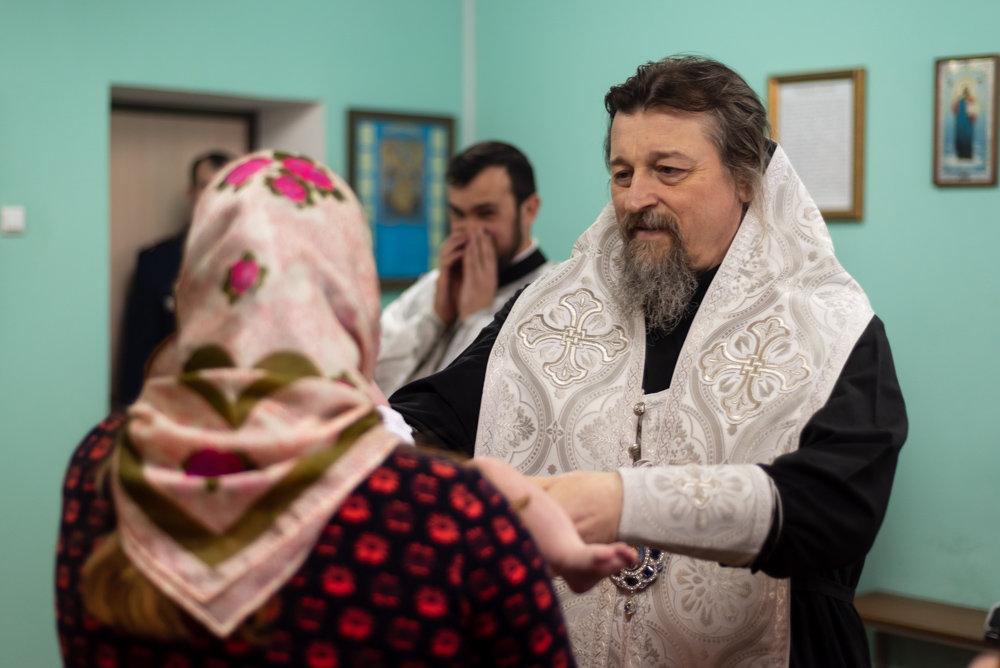 В следственном изоляторе Белгорода крестили младенца, фото-5