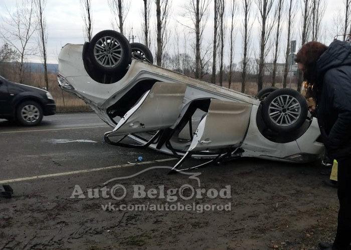 В Шебекине пьяный водитель устроил тройное ДТП, фото-1