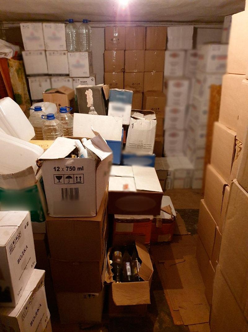 250 ящиков «левого» алкоголя задержали белгородские силовики, фото-1