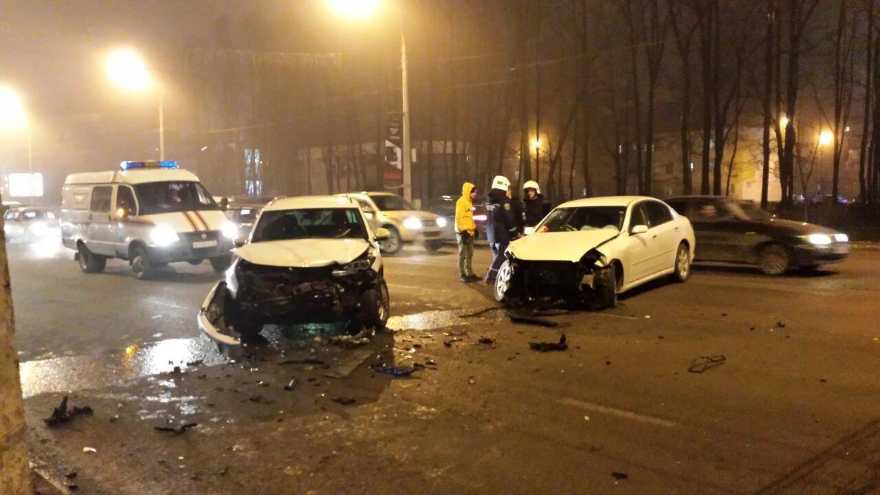 В Белгороде ДТП с четырьмя машинами парализовало движение на Богданке , фото-1