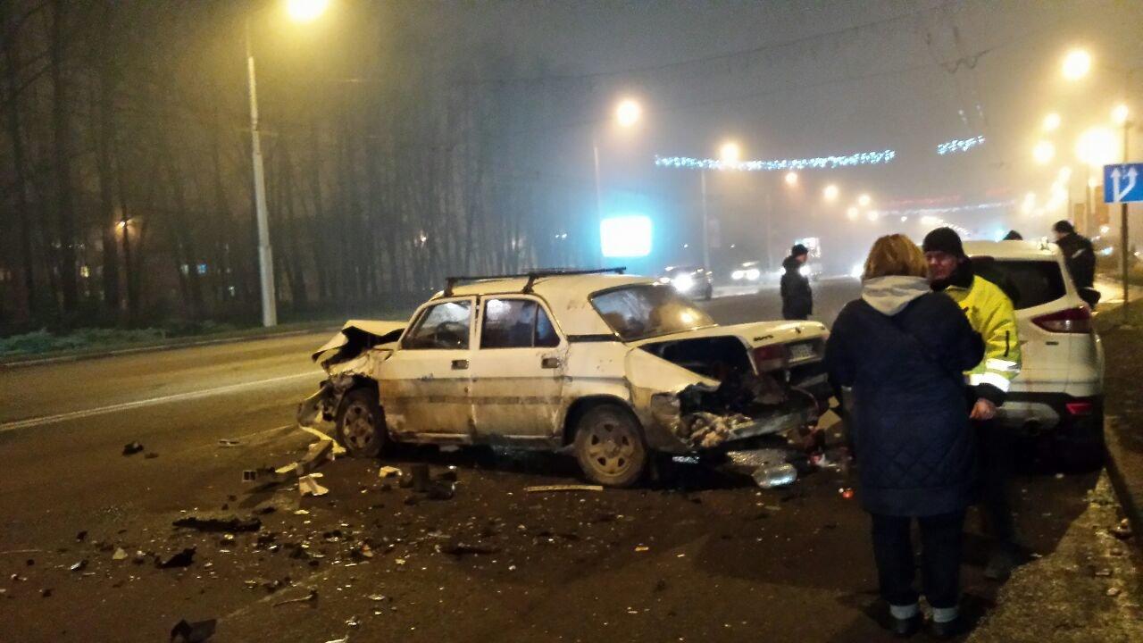 В Белгороде ДТП с четырьмя машинами парализовало движение на Богданке , фото-3