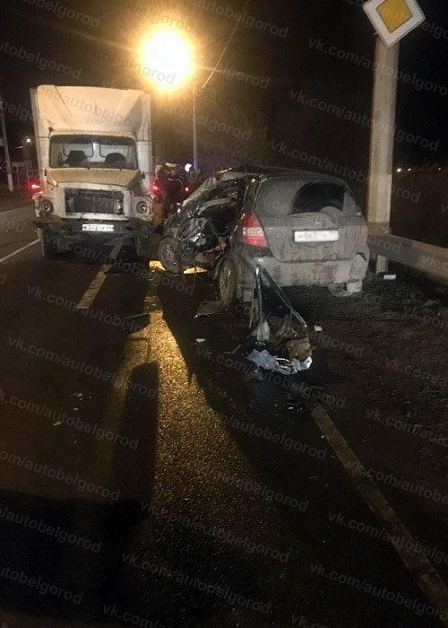 В столкновении грузовика и иномарки под Белгородом погиб мужчина , фото-3