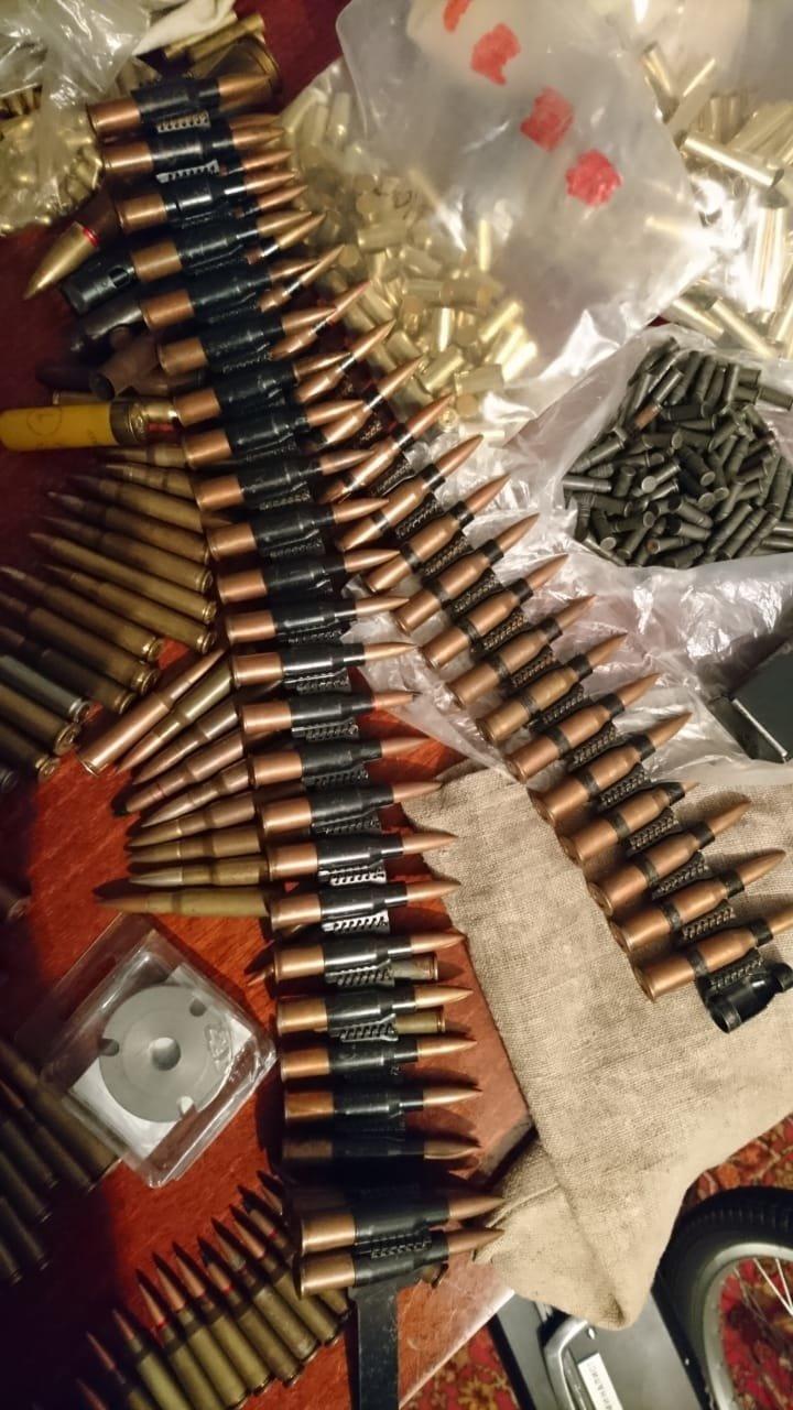 Белгородские силовики перекрыли незаконный канал оборота оружия, фото-2