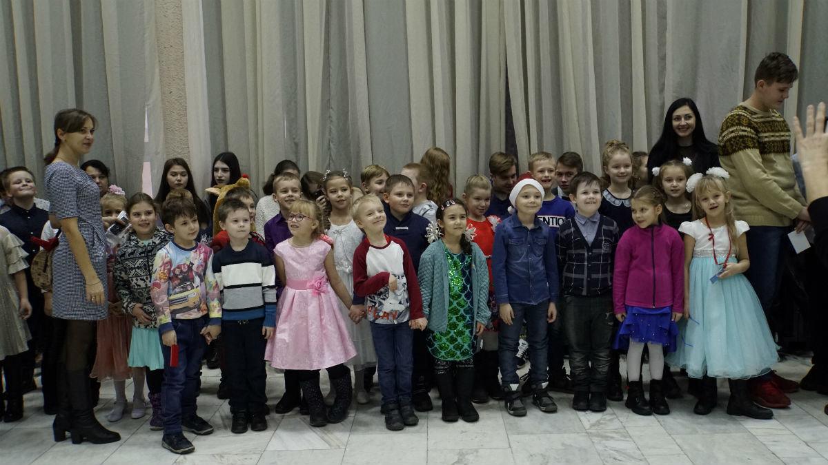 Наступает время чудес. Новогодний экспресс поздравлений прибыл на 15-й округ Белгорода, фото-17