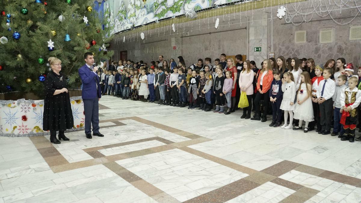 Наступает время чудес. Новогодний экспресс поздравлений прибыл на 15-й округ Белгорода, фото-18