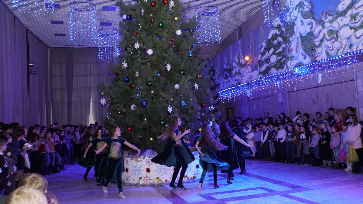 Наступает время чудес. Новогодний экспресс поздравлений прибыл на 15-й округ Белгорода, фото-19