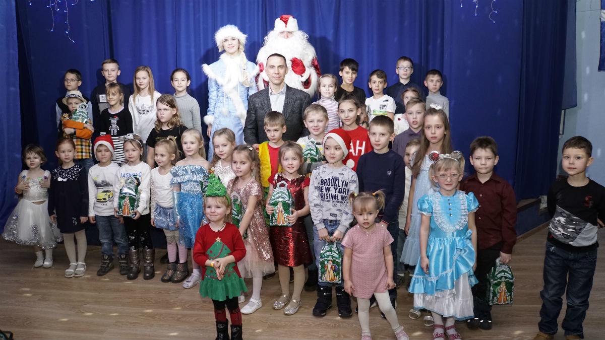 Наступает время чудес. Новогодний экспресс поздравлений прибыл на 15-й округ Белгорода, фото-24
