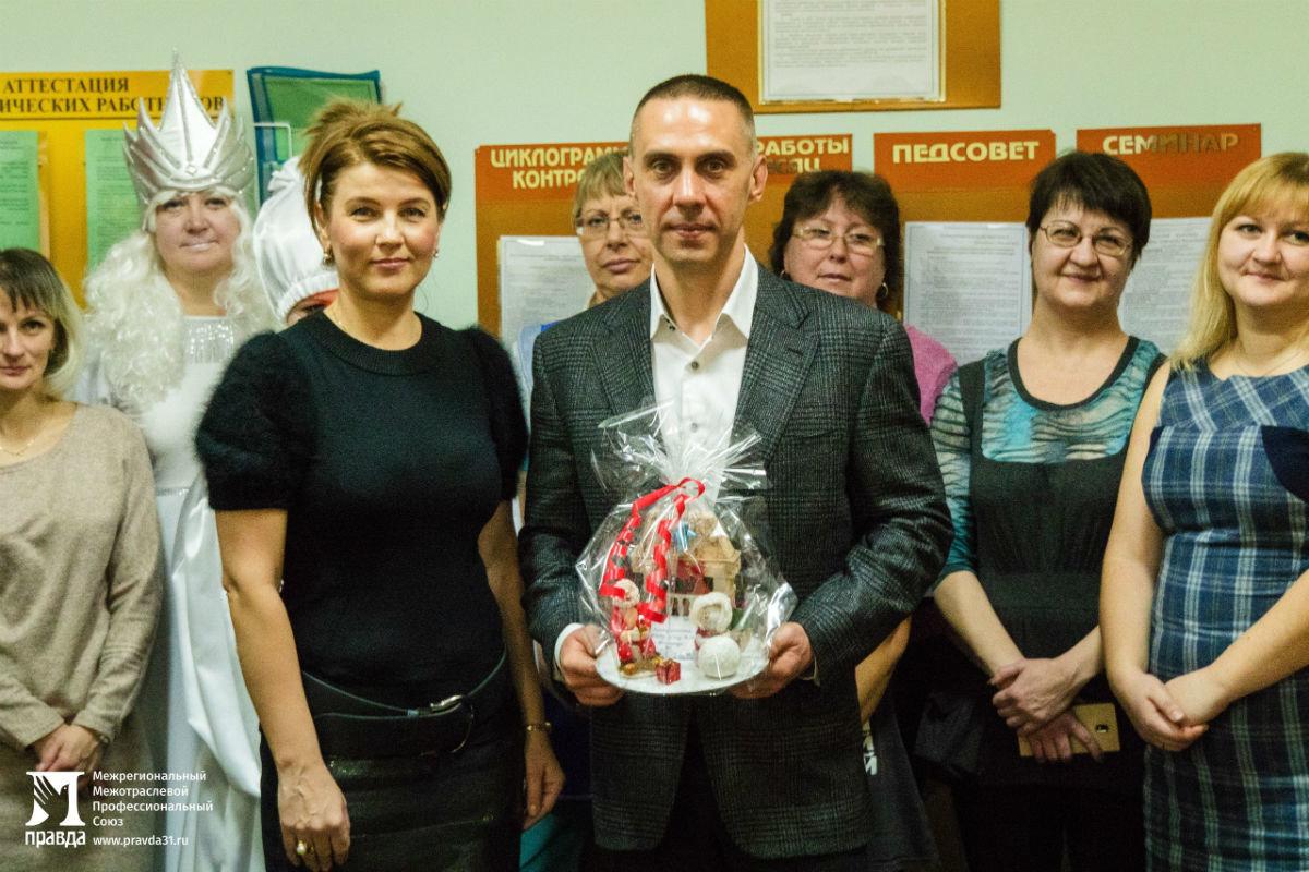 Наступает время чудес. Новогодний экспресс поздравлений прибыл на 15-й округ Белгорода, фото-26