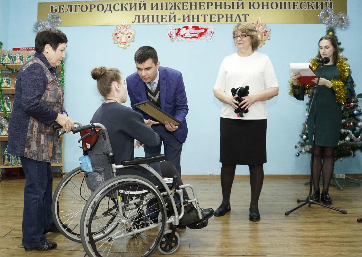 Профсоюз «Правда» организовал новогодние праздники для своих маленьких друзей, фото-11