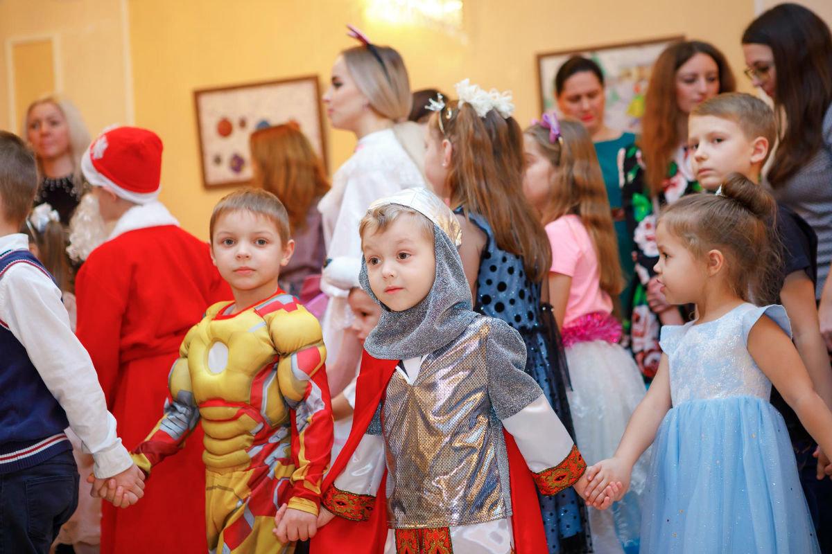 Профсоюз «Правда» организовал новогодние утренники для двух тысяч маленьких белгородцев, фото-1