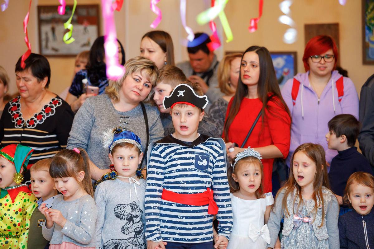 Профсоюз «Правда» организовал новогодние утренники для двух тысяч маленьких белгородцев, фото-2