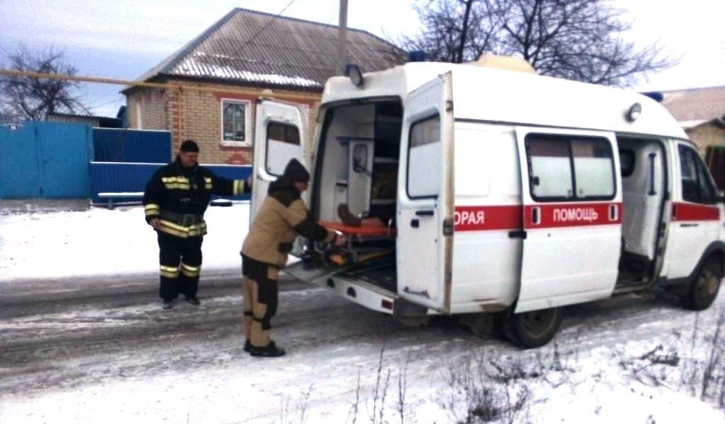 Спасатели пришли на помощь упавшей в погреб белгородке, фото-2