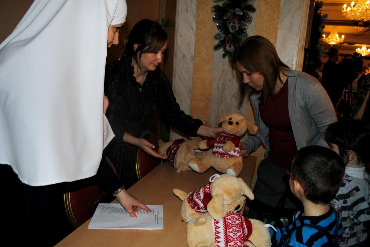 Дети из многодетных семей Белгородской области получили новогодние подарки , фото-5