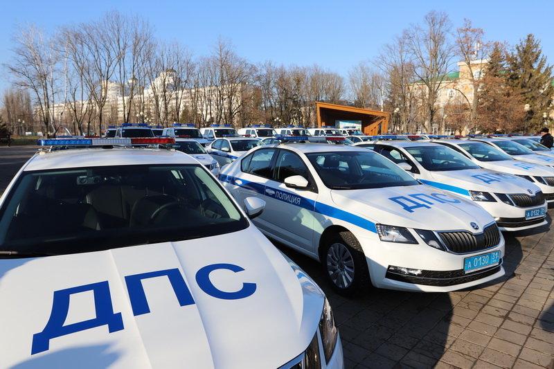 Белгородские госавтоинспекторы получили ключи от новых машин, фото-2