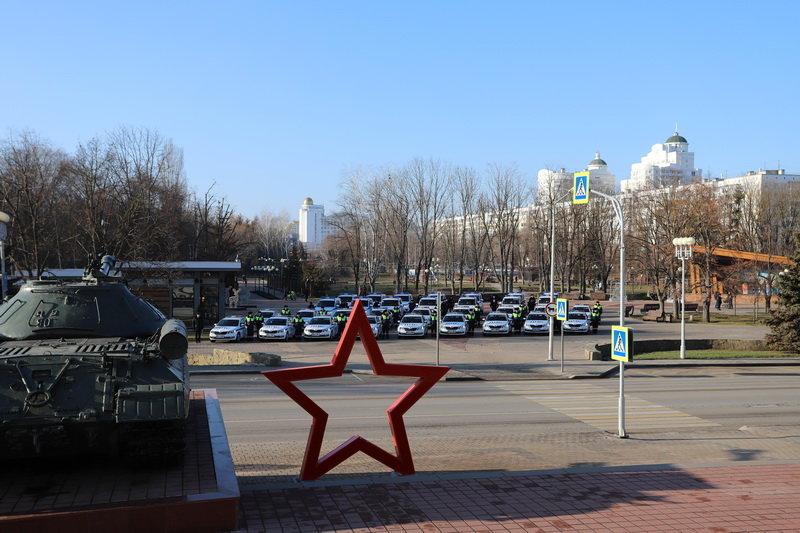 Белгородские госавтоинспекторы получили ключи от новых машин, фото-1