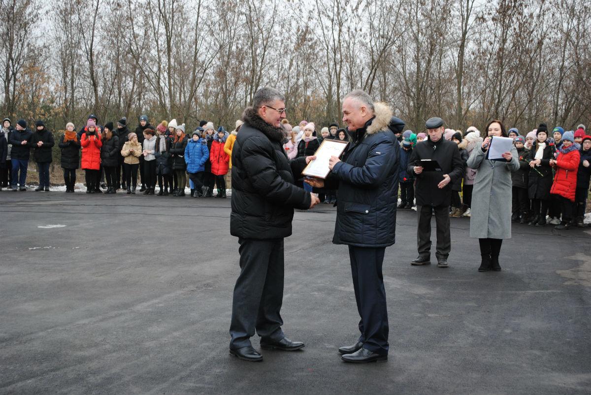 В Парке воинской славы Нового Оскола открылся памятник землякам, вернувшимся с войны, фото-6