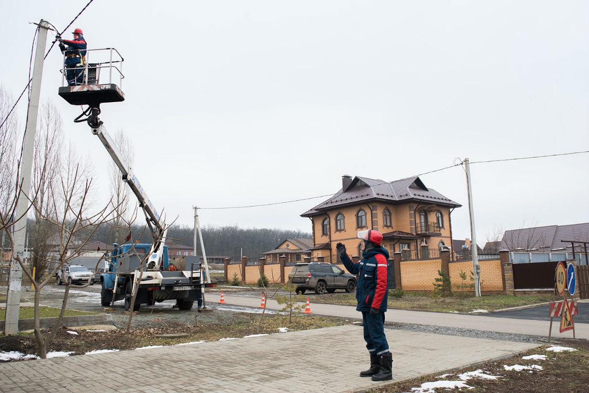 Энергетики полностью восстановили электроснабжение в Белгородской области, фото-2