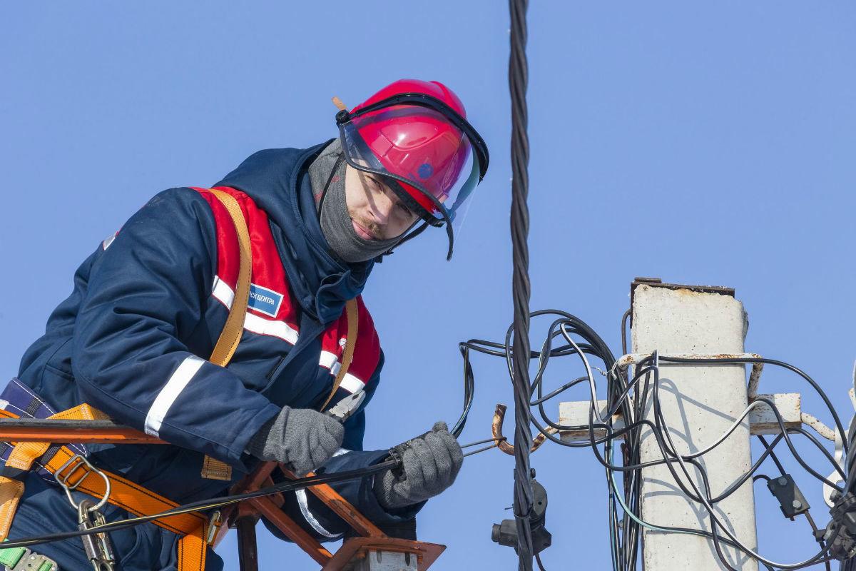 Энергетики полностью восстановили электроснабжение в Белгородской области, фото-1