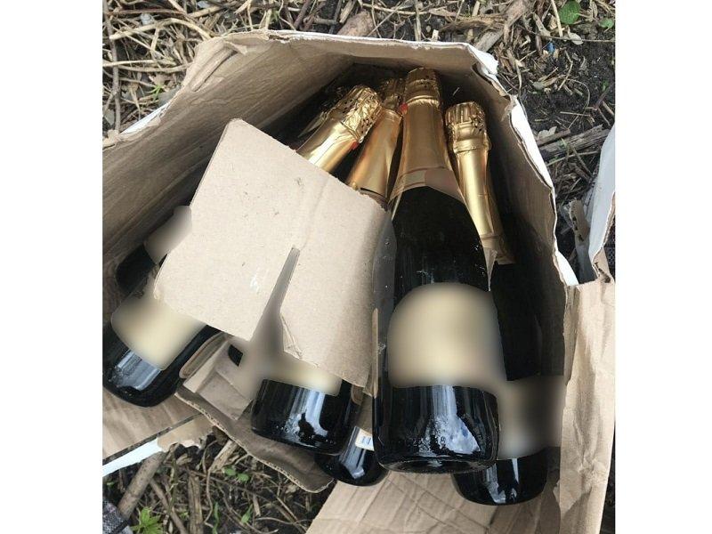 В Белгородской области обнаружили подпольный склад с алкоголем и сигаретами, фото-3