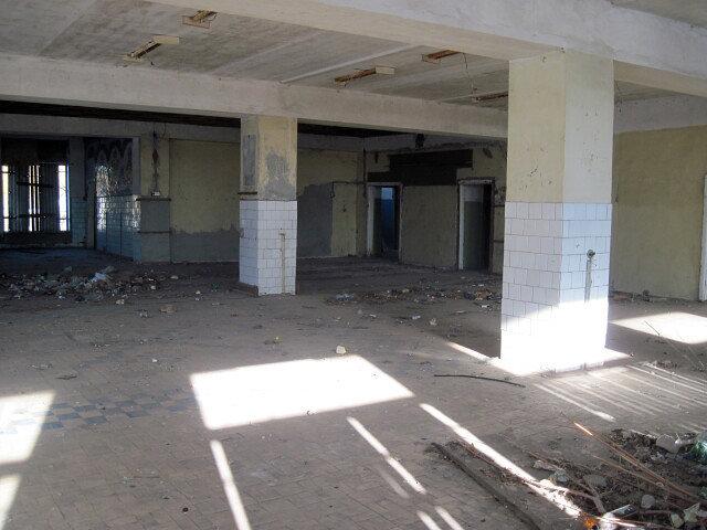 Власти Нового Оскола решают проблему заброшенных зданий в суде, фото-2