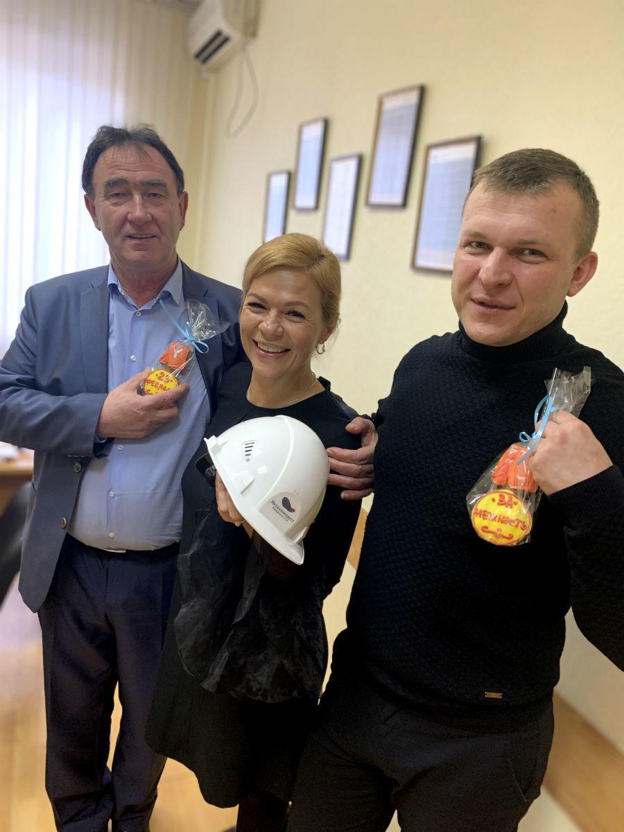 Горняки и металлурги Белгородской области получили вкусные подарки ко Дню защитника Отечества, фото-3