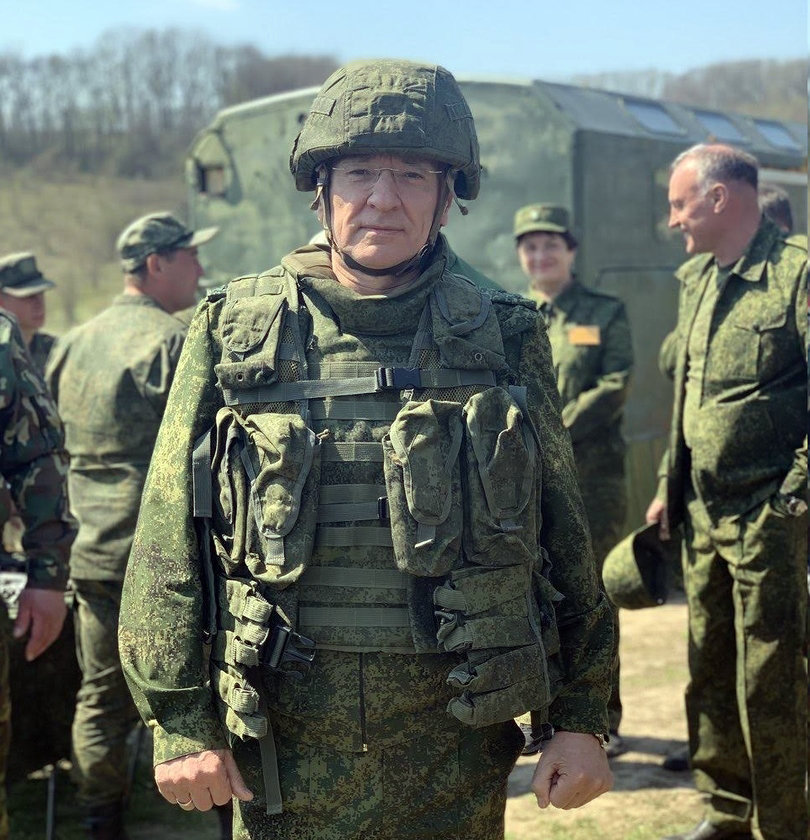 Юрий Галдун: С праздником, мужики!, фото-1