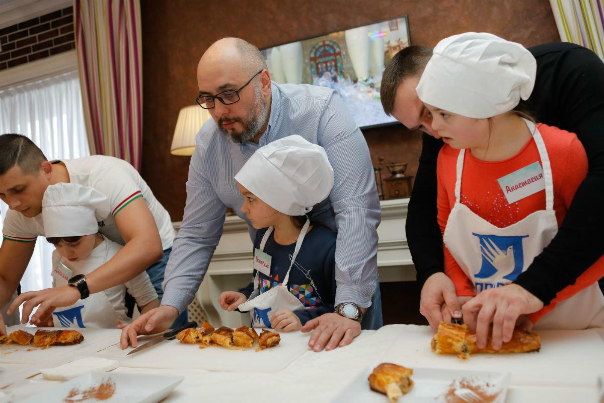 Совет отцов Белгородской области провёл первый кулинарный инклюзивный мастер-класс , фото-19