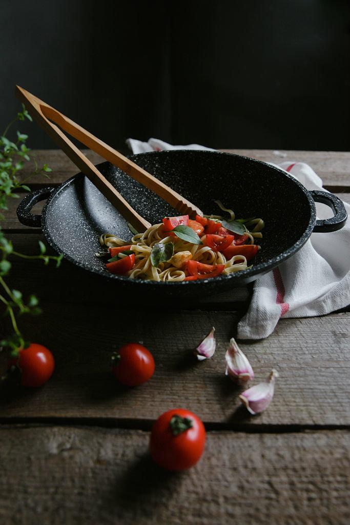 Сковорода «Вок» – готовить быстро и полезно. Лучший подарок женщине от «Гардарики», фото-1