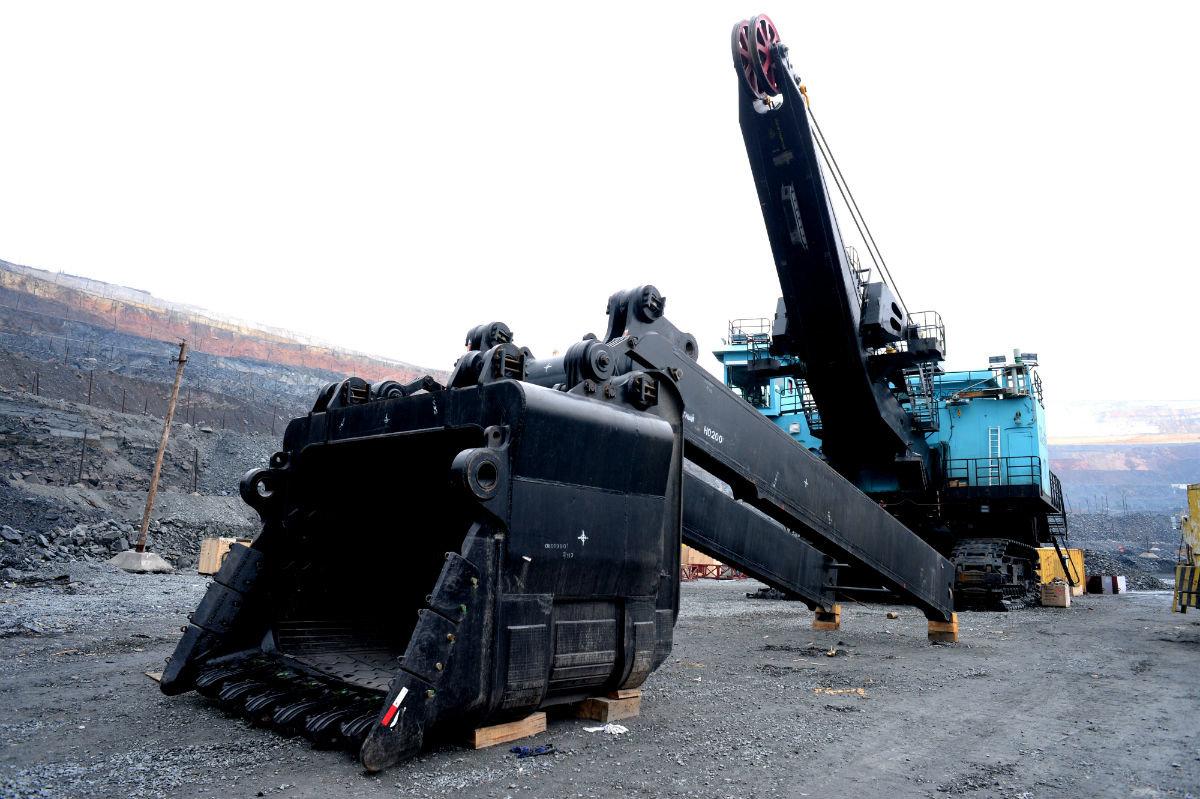 В карьере Лебединского ГОКа будет работать самый большой экскаватор комбината, фото-1
